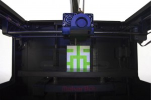 Robosavy MM2X Makerbot Replicator 2X doppio estrusore alternativo 03