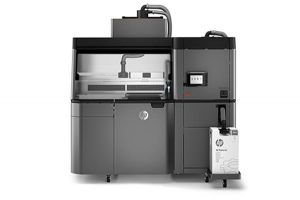 Stampanti 3d HP Jet Fusion 3200  e HP Jet Fusion 4200 01